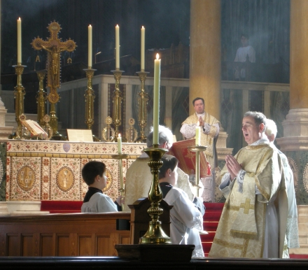 westminster-cathedral-gospel-reading-tlm